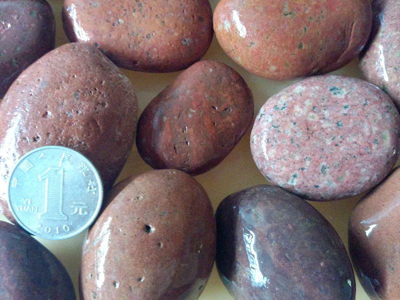 4-5cm红色鹅卵石