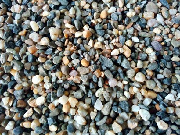 2-4mm鹅卵石滤料