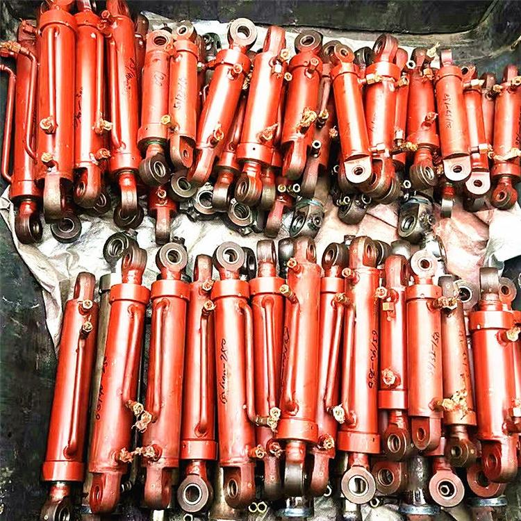 贵州矿用履带式扒渣机配件之扒渣机液压油缸