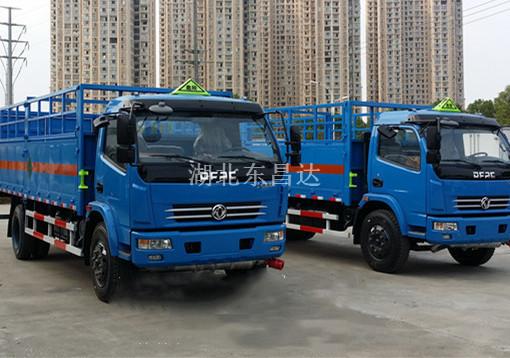 东风7.6吨气瓶运输车