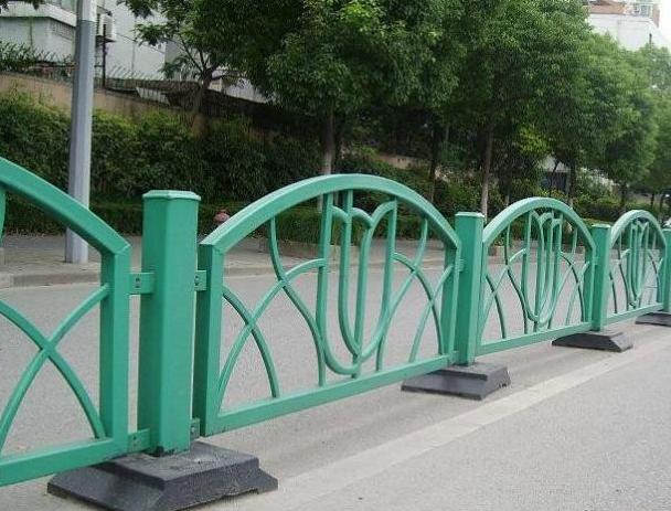 道路护栏工厂