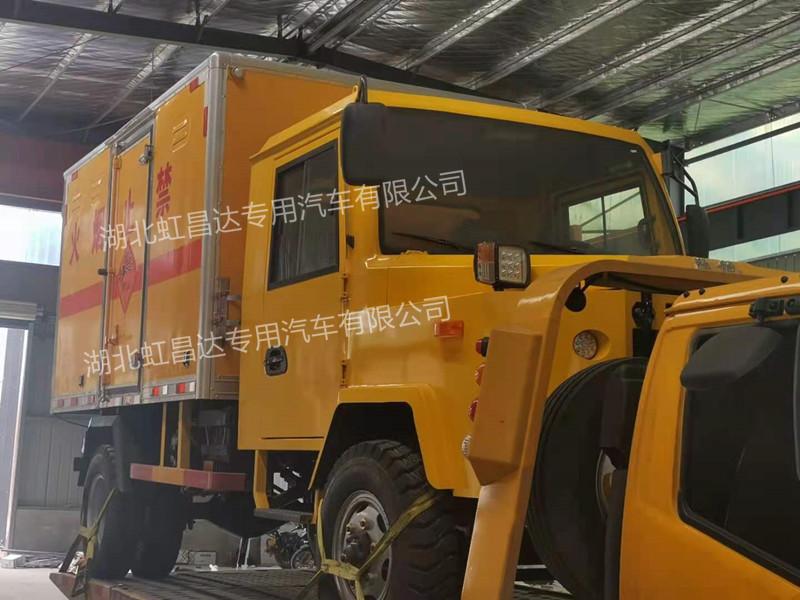 井下3吨矿用无轨爆破器材运输车