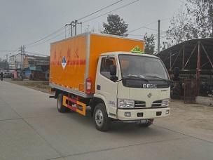 东风多利卡1.115吨4米14杂项危险物品厢式运输车