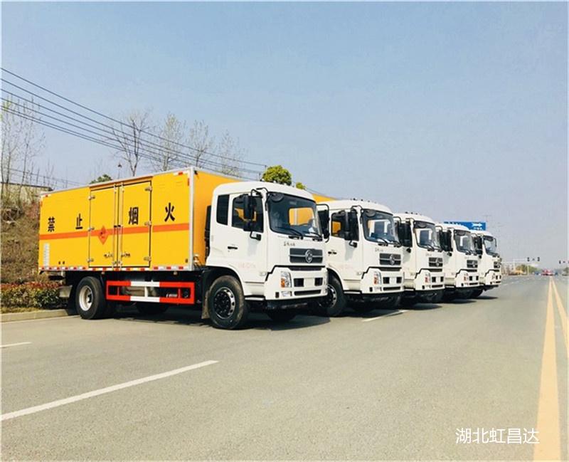東風天錦爆破器材運輸車 10噸炸藥運輸車改裝價格 源頭廠家