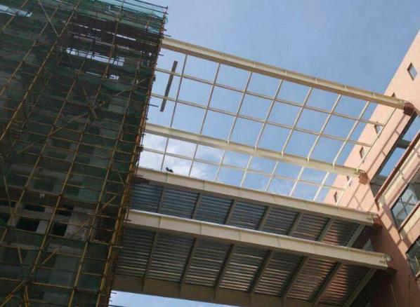 钢结构连廊施工