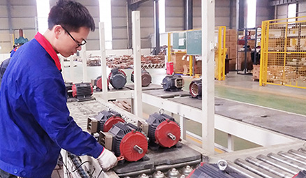 冷却塔电机效率与功率因数的关系