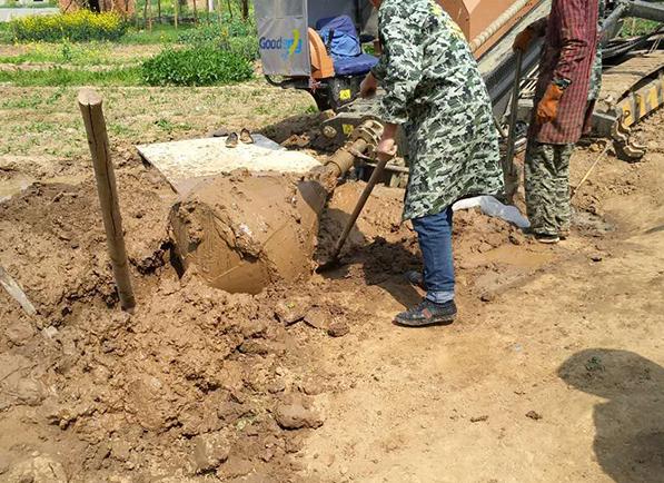 非开挖顶管施工管前挖土要求