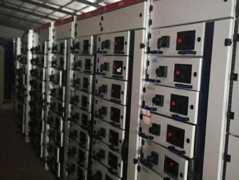 GCKGCS型低压抽出式开关柜