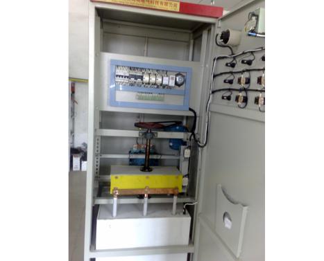 ZYRQ绕线电机液阻软起动柜/
