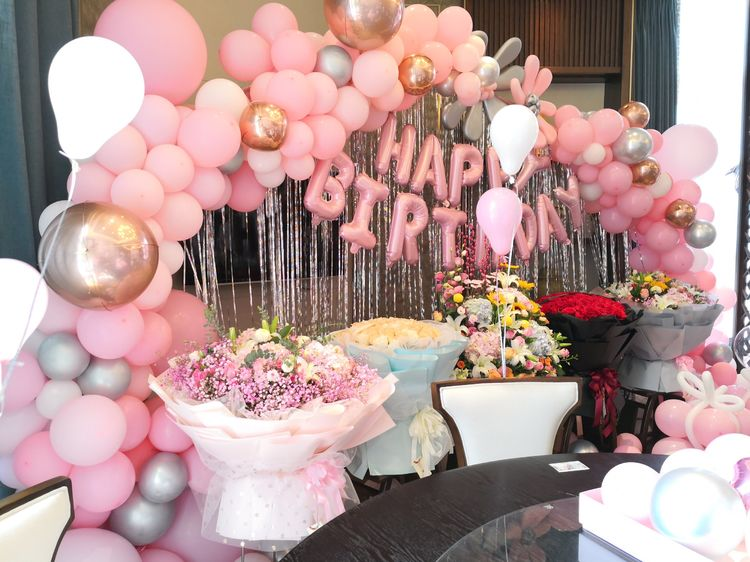 生日气球装饰