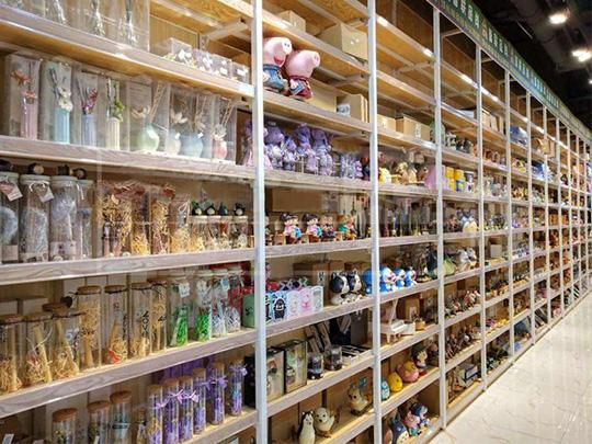 钢木精品店货架