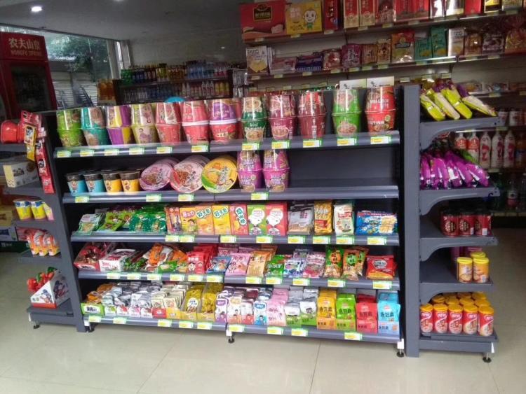 昆明小区便利店超市货架