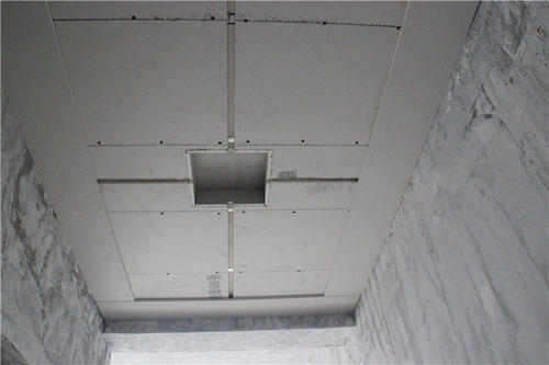 选择西安吊顶时一定要避免吊顶脱落的可能