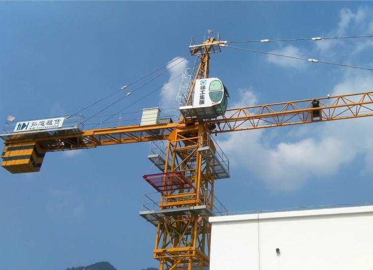 進行襄陽起重機出租使用過程中常見問題