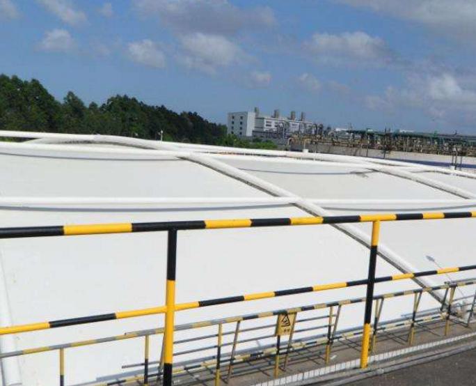 污水池加盖盖板为何选用玻璃钢材质的呢?