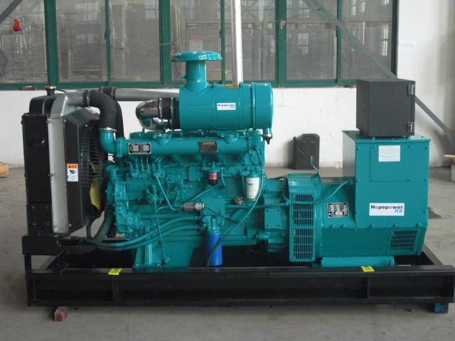柴油发电机组机油加注多少才合适呢