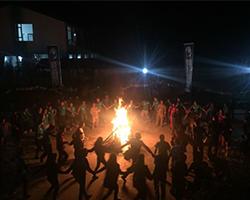 户外篝火晚会