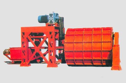 在冬季如何保养水泥制管机?