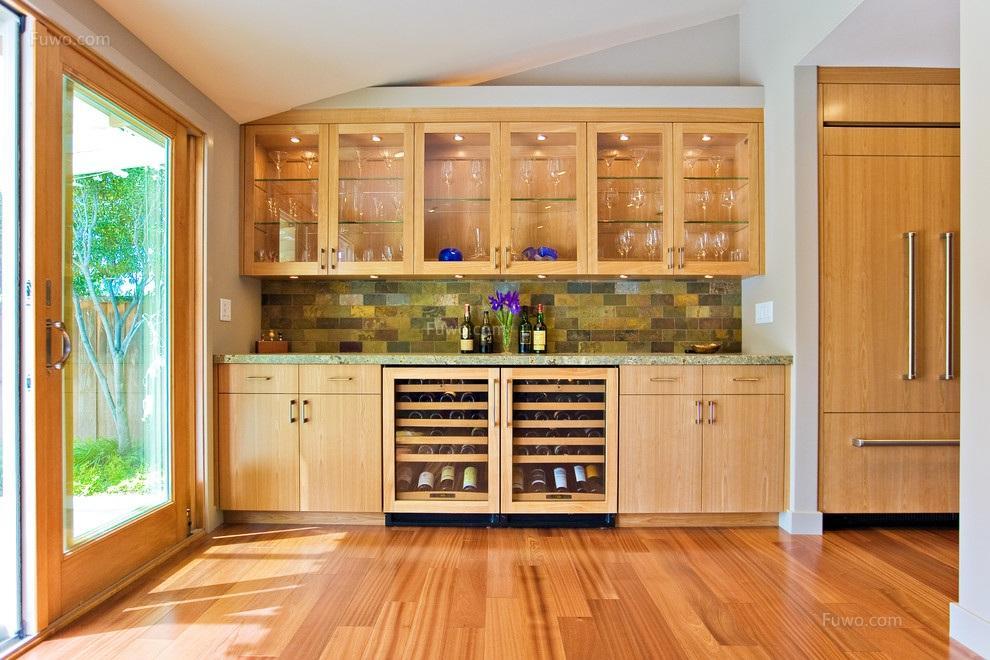 为什么工厂定制家具逐渐替代木匠打制家具吗?