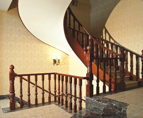 重庆原木楼梯定做