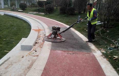 明德门彩色透水混凝土路面改造提升工程