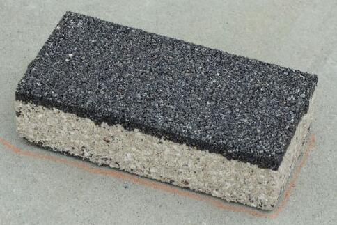 60mm厚度陶瓷透水砖