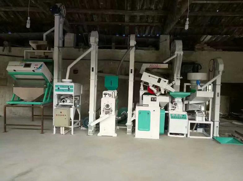 日产20吨成套大米加工设备
