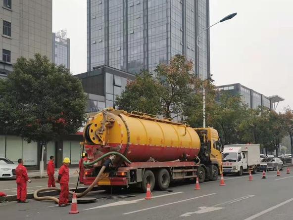 市政排水抢修车