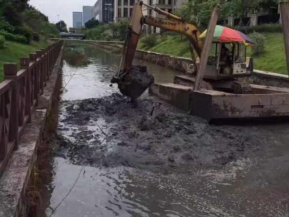益阳河道清淤泥