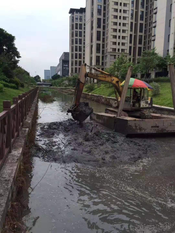 天心区河道清理淤泥