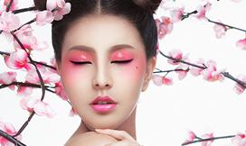 化妆纹绣美甲综合大师高研班