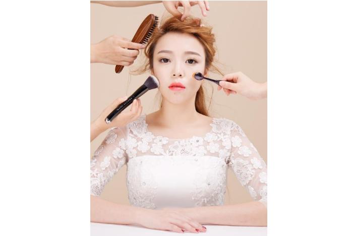 长沙化妆新手都可以学的化妆小窍门,让您变得再美一点