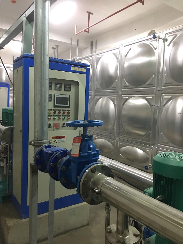 泳池空气能热水系统
