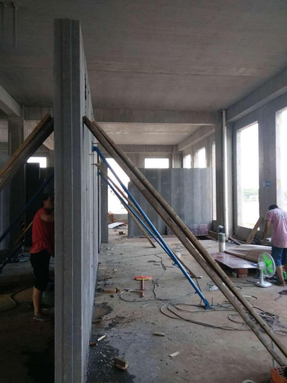 长沙轻质隔墙板现场施工环境