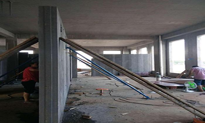 長沙輕質隔牆板現場施工環境