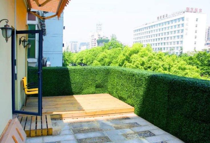 立体绿化公司教您阳台立体绿化材料如何选择