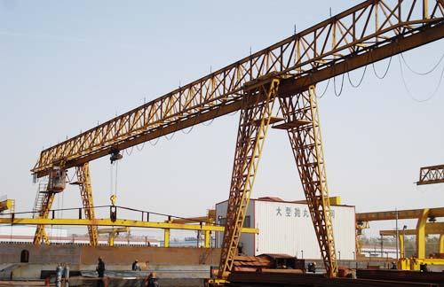 内蒙古行吊起重机桥式单梁双梁起重机龙门吊电动葫芦生产厂家河南矿山集团
