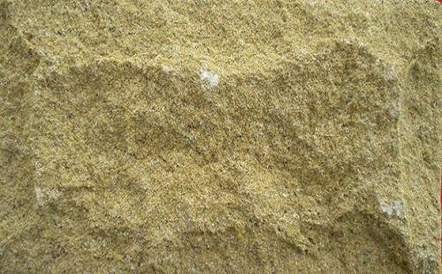 黄砂岩的色差处理方法