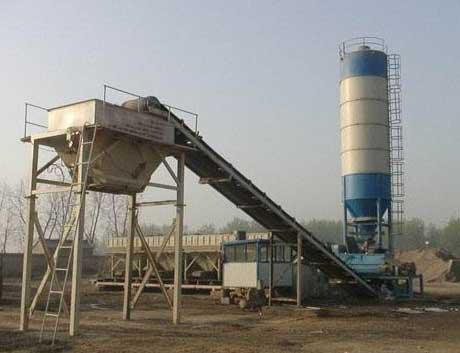 移动混凝土搅拌站应避免混凝土残留在管道内的情况发生