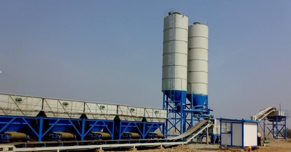 混凝土搅拌站设备通身采用整体钢结构铸造