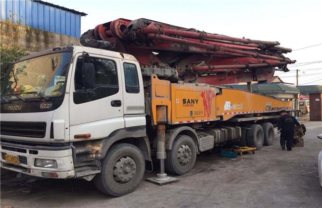 臂架式混凝土泵车维修案例