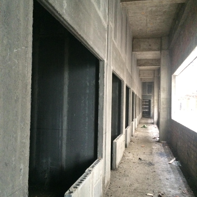 湖南轻质隔墙板门窗施工