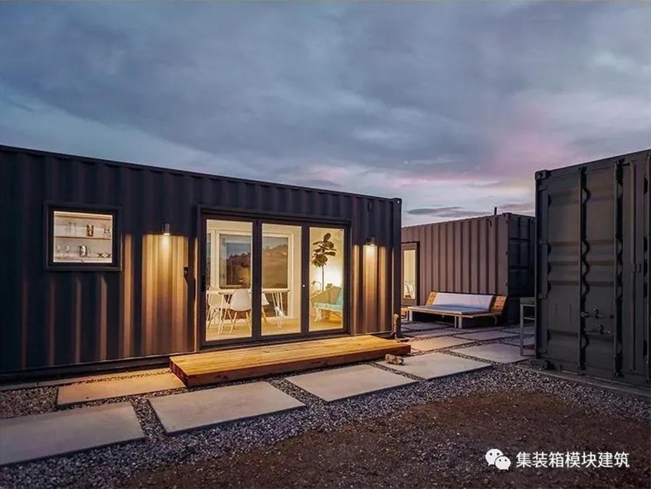 集装箱坚固、耐用的结构对沙漠生活轻松诠释!