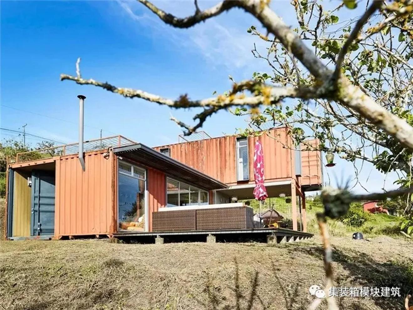 充满复古韵味的【集装箱房屋】,满眼尽收秀美自然景观!