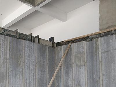 輕質隔牆板橫梁安裝