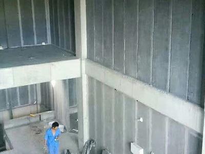 複式樓輕質隔牆板