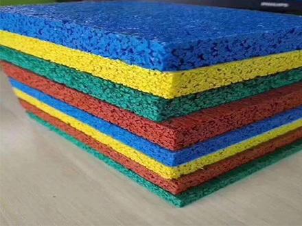 重庆塑胶跑道厂家