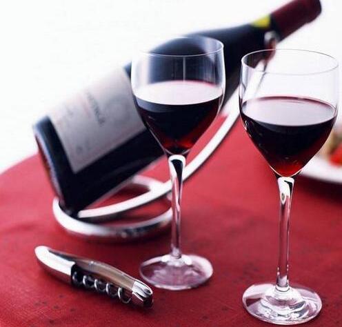 波尔多红酒
