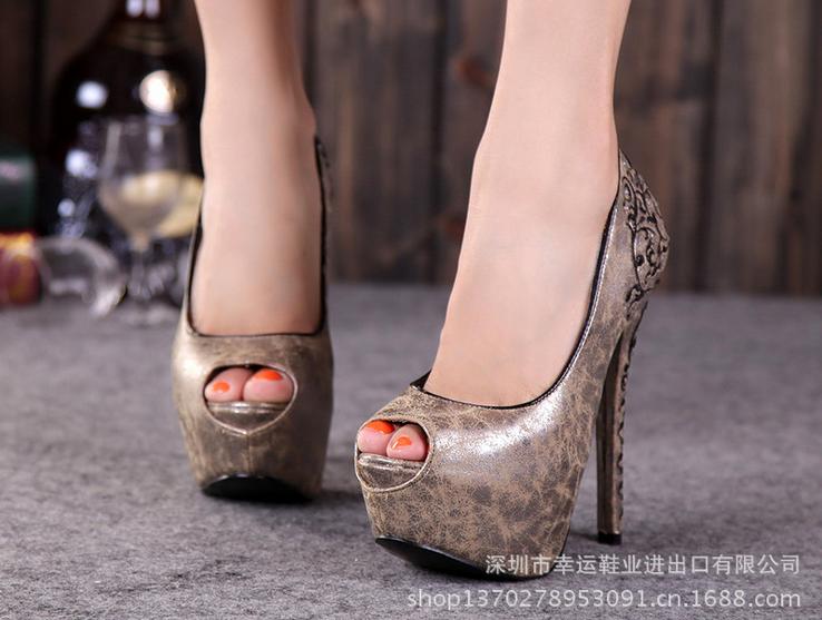 深圳女鞋批发市场的潮流
