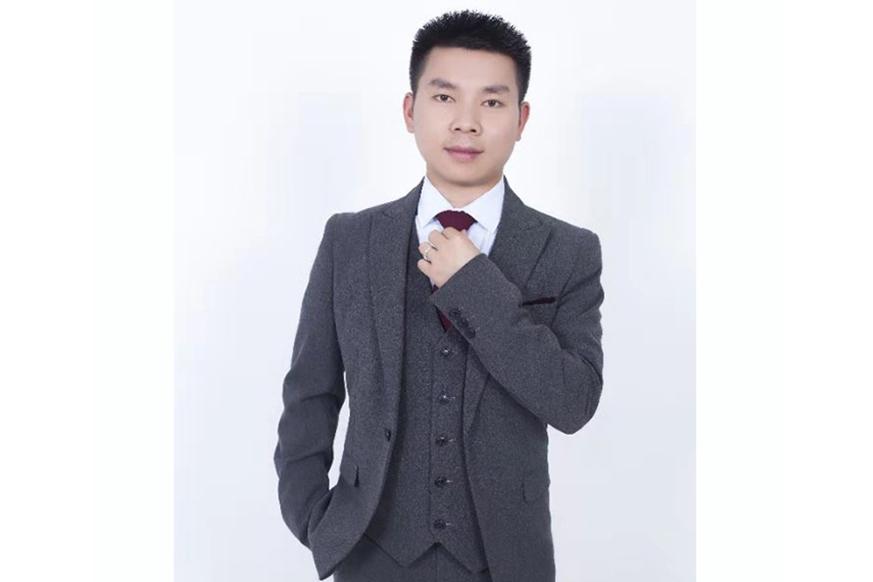 万明鑫律师/高级合伙人